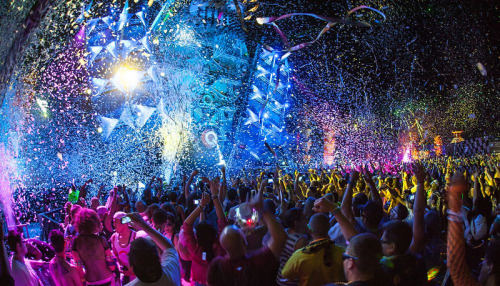 faxingedm:  Best stage at EDC this year : Q-Dance Stage