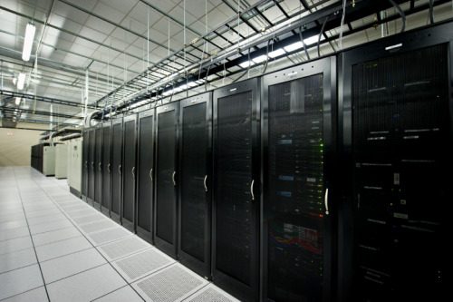 (via Namecheap Blog » A quick tour of our Dallas data center)