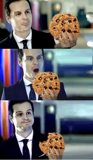 sherlockediam:  Onomnomnomnom   Hilarious… Cookie = Happy Moriarty