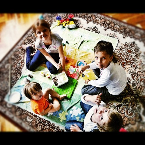 Аня, Даня, Яна и Патя. #children #icecream #kids #fun  (Taken with Instagram)