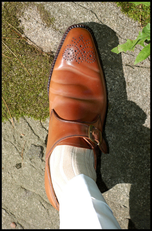 voxsart:  Summer Caramel. Made-to-order Vass single monks in Horween whiskey shell cordovan, U last.