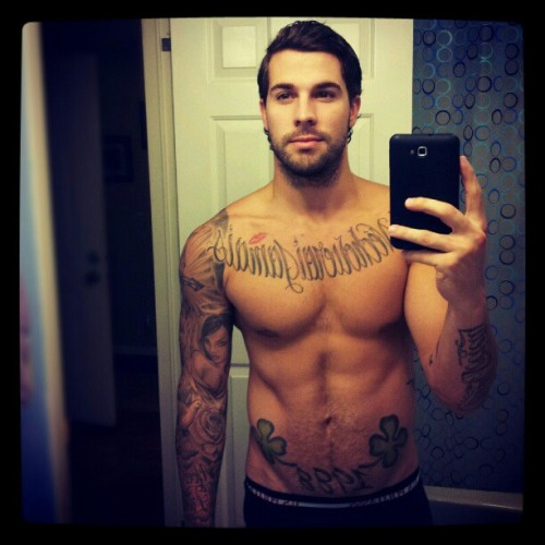 Something about boys with tattoos. so unf.