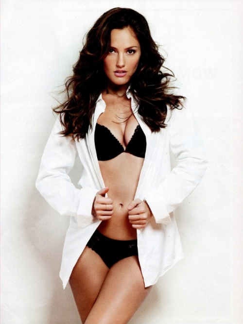 fleshandblonde:  Minka Kelly is 32 today