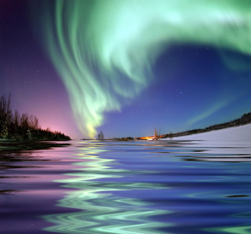 landscapelifescape:  Aurora Borealis, the colored lights seen in the skies around the North Pole, the Northern Lights, from Bear Lake, Alaska (by Beverly & Pack)