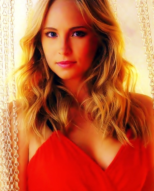 favorite blondes □ Candice Accola