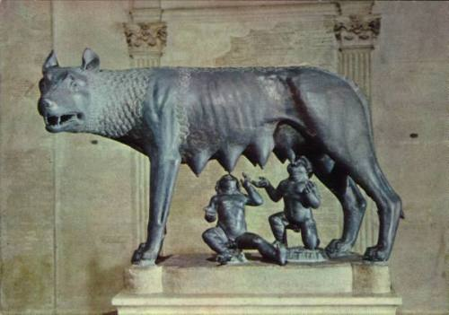 laragosta:  Roma.  Romulus and Remus and dire wolf.