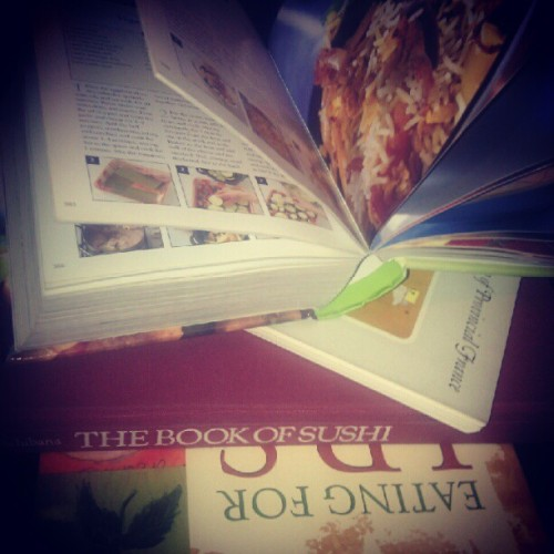 Bought some books about sushi and some cook books the other day lmao #food #junkie #chef #scdfoods #sushi (Taken with Instagram)