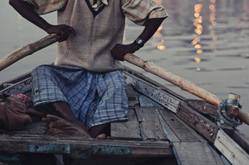 lifein-india:  Ganga (by P▲Y K H Å N)