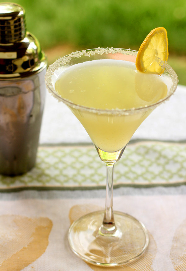gastrogirl:  lemon drop martini with vanilla.