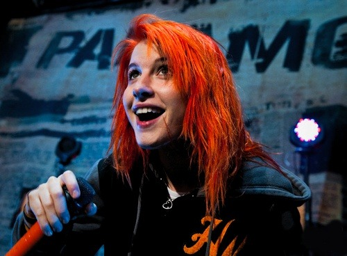 95/100 favorites photos of Hayley Williams (♫♪♫)