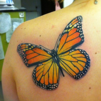 i love tattooing butterflies… this one was super fun because it was big enough to fit tons of details in :) Guen Douglas Magnum Opus, Brighton, UK