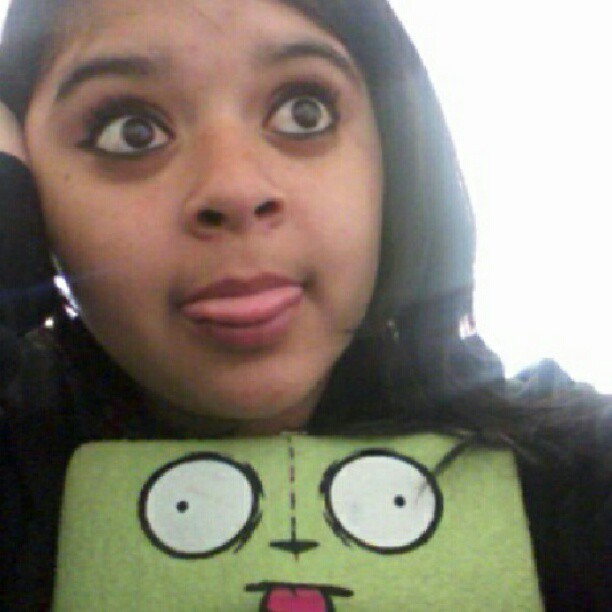 Can you see the resemblence? #Me #invaderzim #gir #darkbrown #darkhair #tongueout #wallet #silly #personal #bigeyes  (Taken with Instagram)