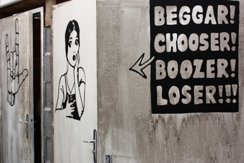 Beggar! Chooser! Boozer! Loser!!! by Stéfan on Flickr.