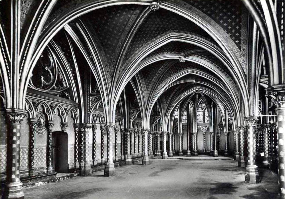 Inside the lower chapel of the Sainte Chapelle, Paris