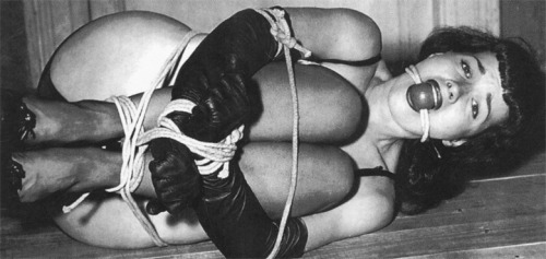 bettie page bondage 2