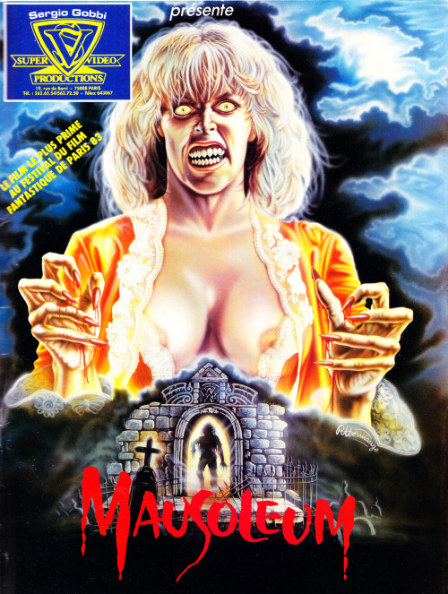 French poster for Mausoleum (1983) starring Bobbie Bresee and Marjoe Gortner.