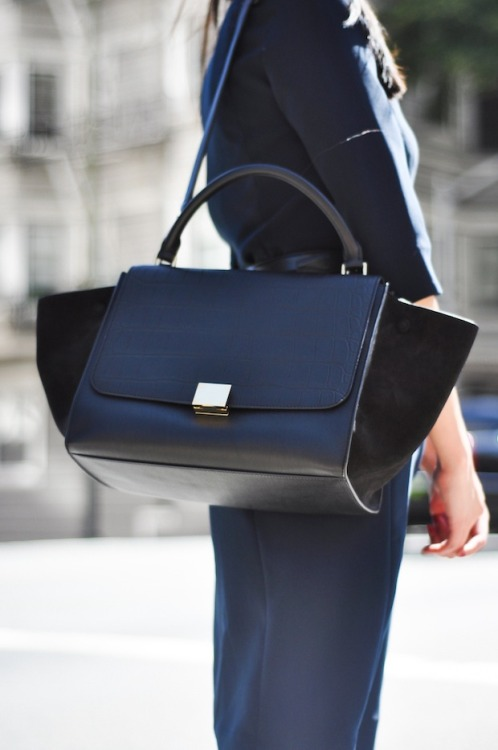 what-do-i-wear:  Purse - Celine Trapeze (image: 9to5chic)