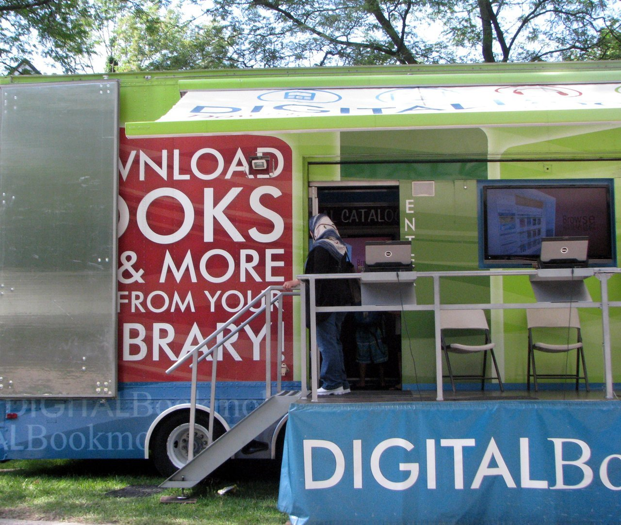 This is the first time I've seen the Digital Bookmobile