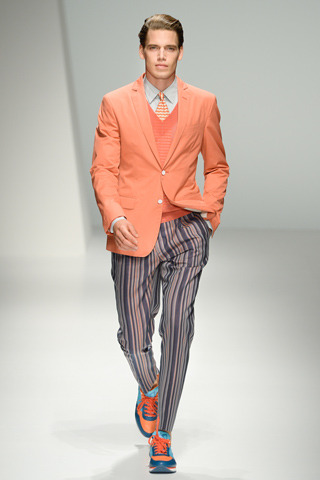 gqfashion:  Milan Fashion Week: Salvatore Ferragamo SS'13  OH THE COLOR.