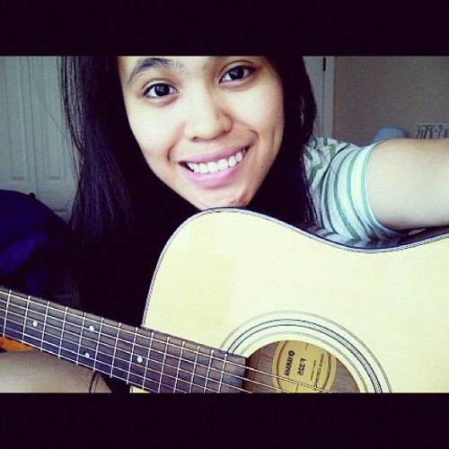 My ❤ 😊 #favorite #instagood #88 #guitar #instamusic #instahub #instalove #webstagram #guitar 🎸 #music #me #maself #aku  (Taken with Instagram)
