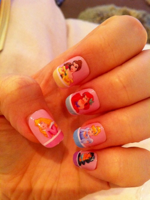 hellogiggles:  Nails Of The Day: NAILS OF THE DAY by From Our Readers