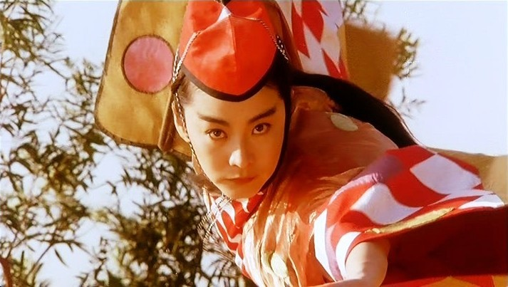 Brigitte Lin Ching-Hsia as Asia in Swordsman II, the Victor Victoria of wuxia movies. Last genderqueer picture from HK cinema today, I promise.