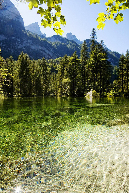 visitheworld:  The idyllic Gosau Lake in Salzkammergut, Austria (by huhuxixi).