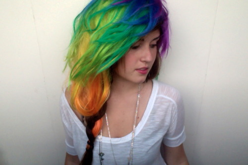 razzberrymoon:  Rainbow Hairrrr. I have too much free time, my goodness.
