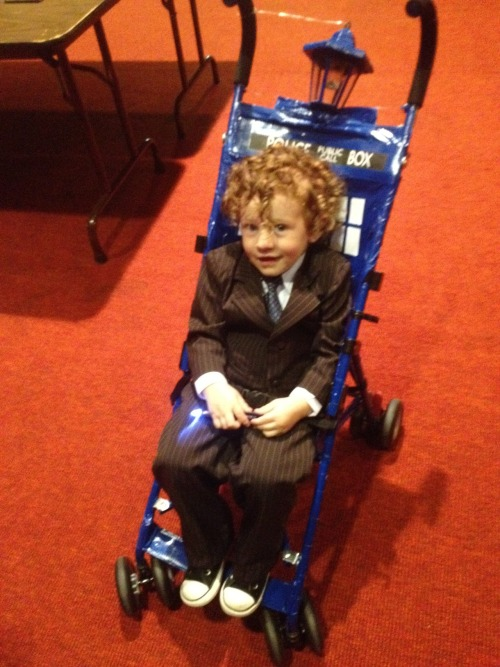 Konnor as Mini 10th Doctor, with the TARDIS stroller cosplayingchildren: