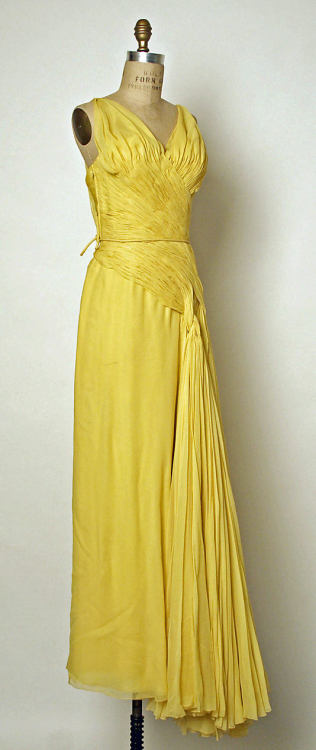 Dress Jean Dessès, 1950-1954 The Metropolitan Museum of Art