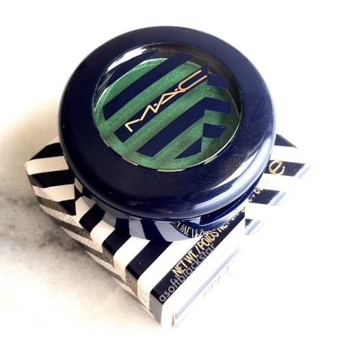Feeling Fresh eyeshadow from the @MACcosmetics Hey Sailor summer collection! 💚 (Taken with Instagram)
