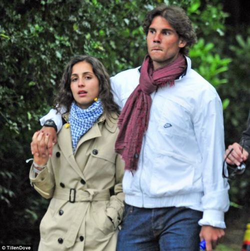 livefortennis:  rafaelnadalfans:  On the eve of Wimbledon, Rafa and his girlfriend find a very nice way to warm up… Love all!  they're so adorable  Rafisca! So cute.