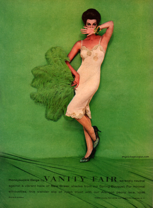 myvintagevogue:  Vanity Fair 1959 - photo by Richard Avedon