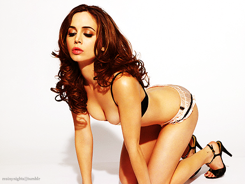 54/100 pictures of Eliza Dushku. [♥]  UGHHH MY SWEET ALBANIAN PRINCESS.