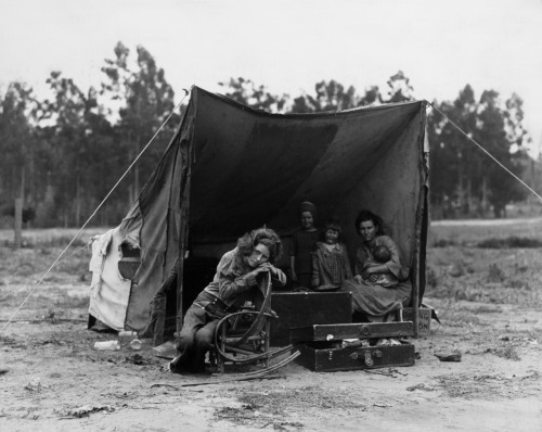 Dorothea Lange,Pea-Pickers Camp, Nipomo, California, February-March 1936. Source: Library of Congress