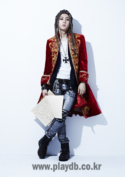 Source; PLAYDB   BEAST Jang Hyun Seung's Interview, He Who Seized The Title Role of <Mozart!>