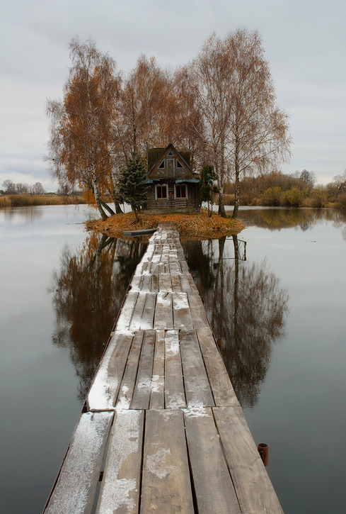 ferfuxsake:  Fix it up a bit and I'd LOVE to live there.