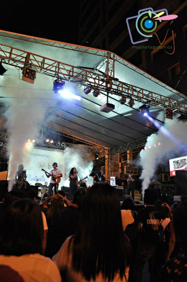 Fete de la Musique: Uniting People with Music23 June 2012 | Makati City Had a chance to drop by in Fete de la Musique's main stage courtesy of a good friend, a music mentor and buddy for all time, Jeff Salindong, good times.  Seen Melinda dela Torre (Baihana), blues band Blue Rats' awesome vocalist and Cooky Chua (Color It Red vocalist) after Melinda's performance with the same band. Yes, we were there to be in one with music even for a short period of time. Congrats to this annual Fete, hope to catch it again next year. The Blue Rats which serves up straight-up electric blues, old-time R&B and blues-based music. The current core lineup in rotation consists of Melinda Torre (also of Baihana, vocals), Joey Puyat (Mother Earth and Kiss the Bride, guitar), Kedy Sanchez (Working Stiffs, vocals and guitar), Johnny Besa (The Breed, bass guitar) Vic Borgaily (KO Jones, drums), Bennii Obana (Overdrive and Tempestuous Jones, drums), Roxy Modesto (Radioactive Sago Project, saxophone), Tom Epperson (harmonica) and Andy Locsin (guitar). -The Blue Rats band profile  More photos from this performance HERE by VerJube Photographics.