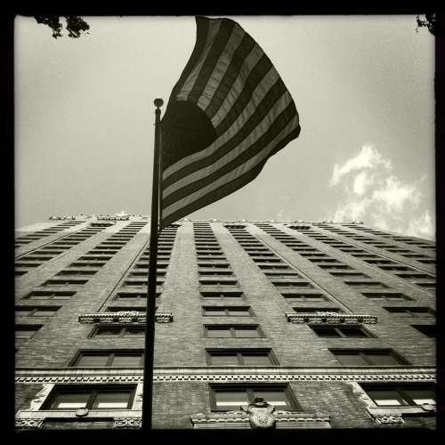Looking up at old glory - NYC 6-20-12