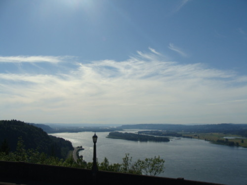 Columbia River from the Historic Highway Vista. Oregon.
