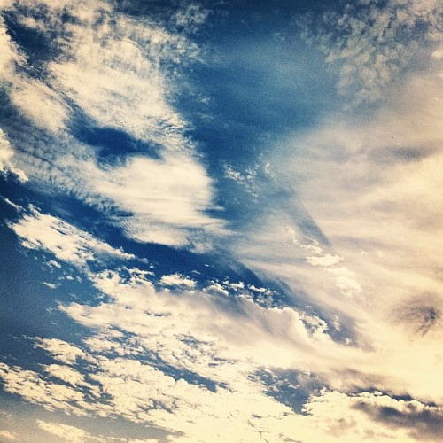 Beautiful Sky #sky #instaaddicted #instalovers #iphonesia #photography #instagram #instamonthly #photosofday #iphonegraphy #iphone4 (Taken with Instagram)