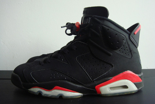 brensnapsback:  Nike air jordan VI retro Infrared by Cali030 on Flickr.