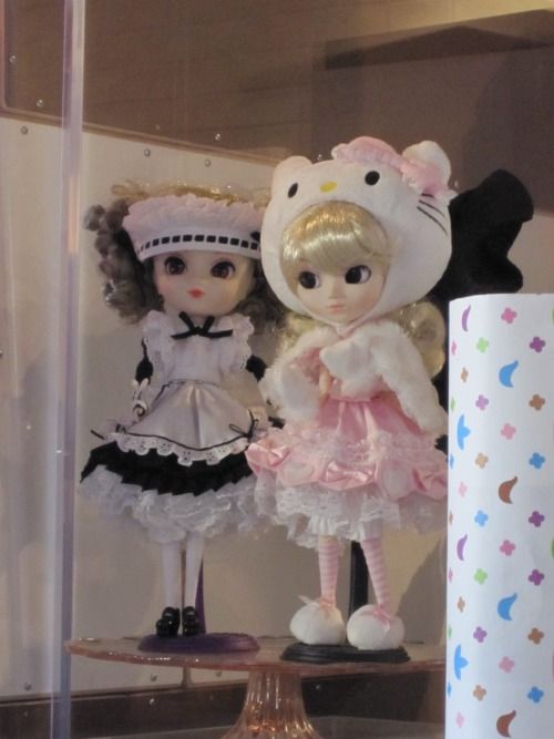 L.A. Hello Kitty Exhibition (2009) Submitted by: cynthyyahellok