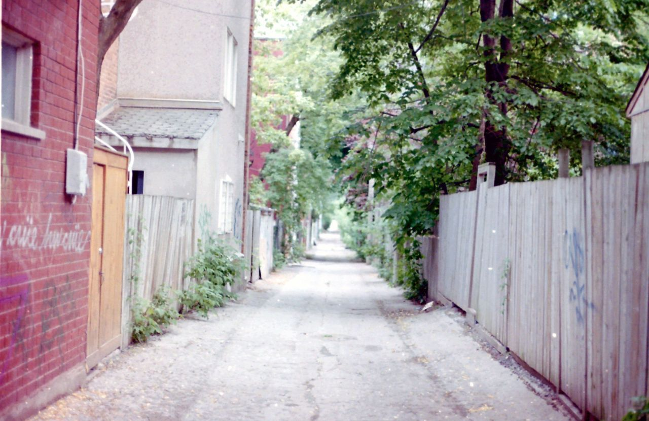 montreal backalleys