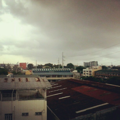 Rainy in afternoon. (Taken with Instagram)
