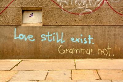 karmapolis:  Love still exist  I love catty graffiti.