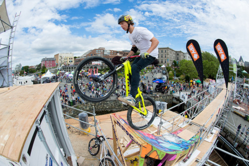 Jumpship 2012 - Finals and Trick High Jump Results - Pinkbike