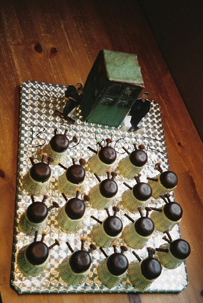 "221b-hound:  doctorwho:  Dalek cupcake army piperette93:  … ""MAS-TI-CATE!""    I want this for my next birthday.  Alex…. Think Rachel would be hip to making these?"
