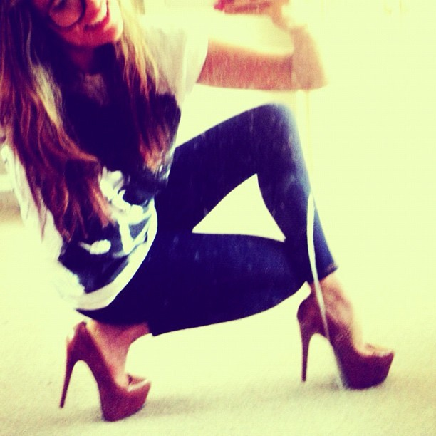 #high #heels make me #smile @1libbyclayton3 even if they are my  #best #friends … Hahahahaaa they are my #comfort #food for #today #fashion #stylist #charliefi  (Taken with Instagram)