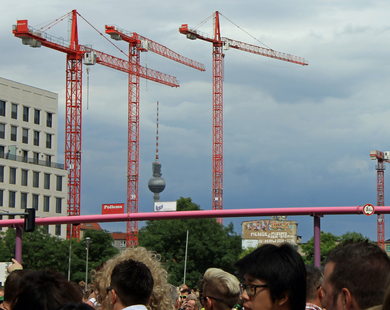 Cranes in Berlin. Source: gin+gelato